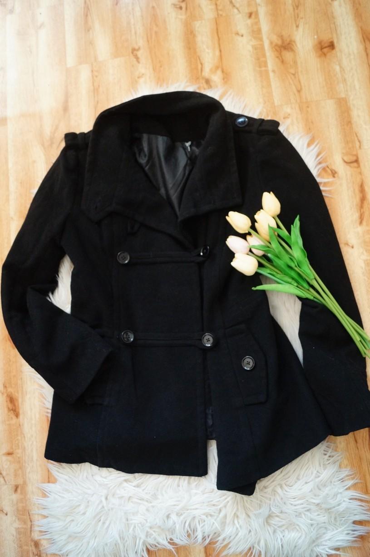 f1386c11a2 Dámské oblečení vel.40/L | DÁMSKÝ ČERNÝ KABÁT V MILITARY STYLU ...